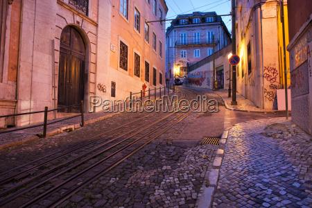 calcada da gloria street at dusk