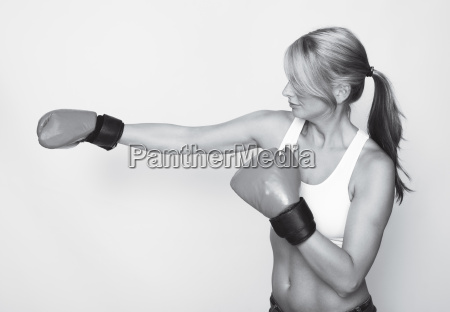 boxing woman in black and white