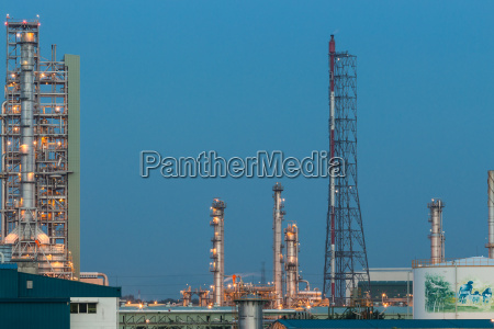 factory of oil refinery