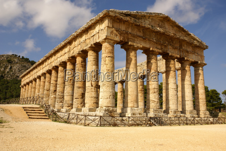 segesta archaeological site of ancient greece