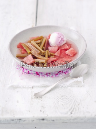 berry bowler hat cold cold soup
