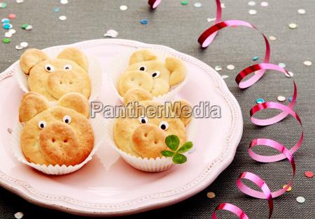 tasty cute pig cookies with leaves