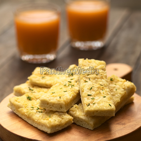 garlic and cheese sticks with thyme