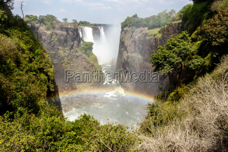 the victoria falls with mist from