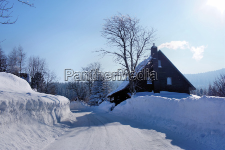 house in the ore mountains in