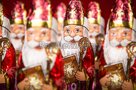 sinterklaas dutch chocolate figure