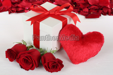 gift with heart and roses for