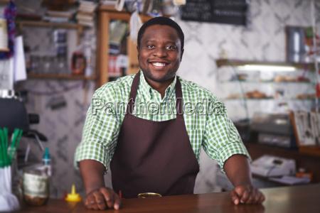barman, in, cafe - 13423690