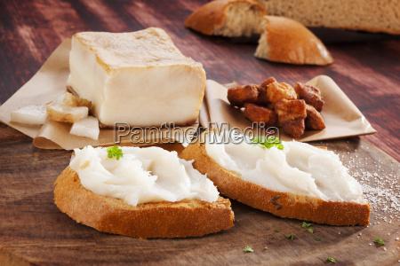 bread with lard spread