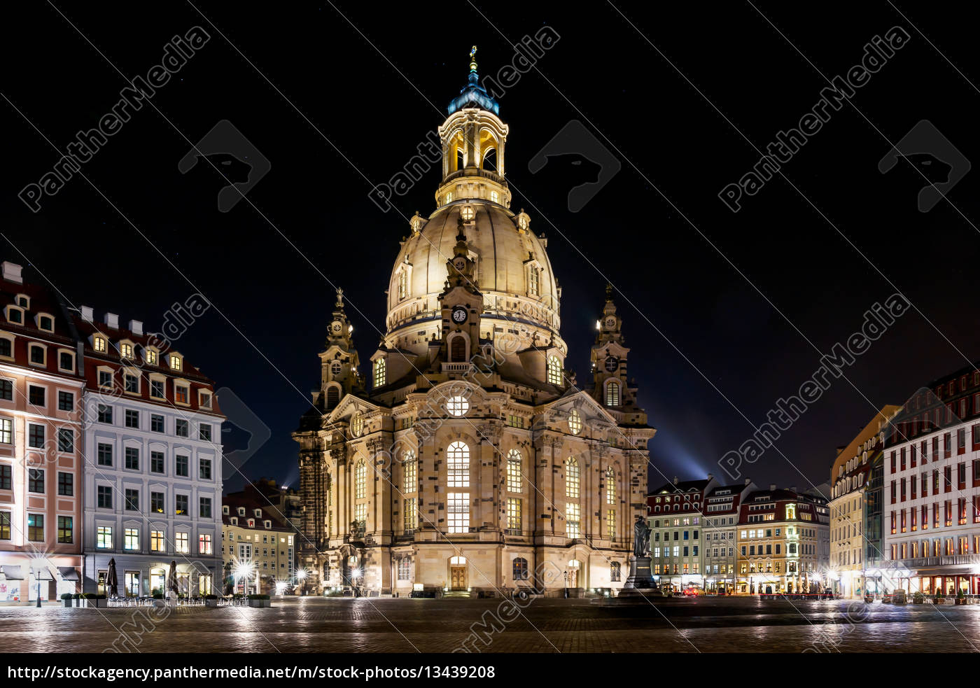 frauenkirche, in, dresden, germany, at, night - 13439208