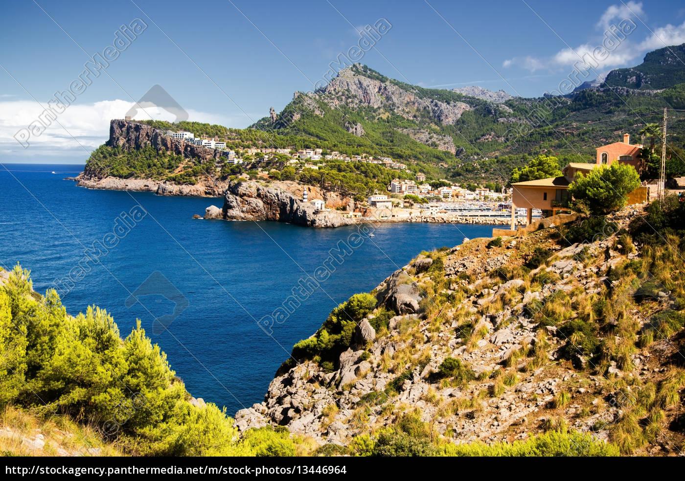 bay, of, port, de, soller, mallorca - 13446964
