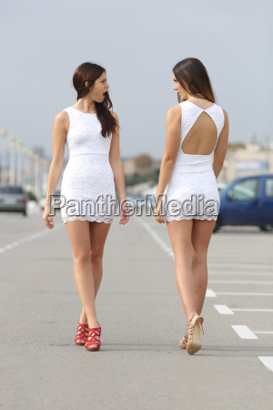 two women with the same dress