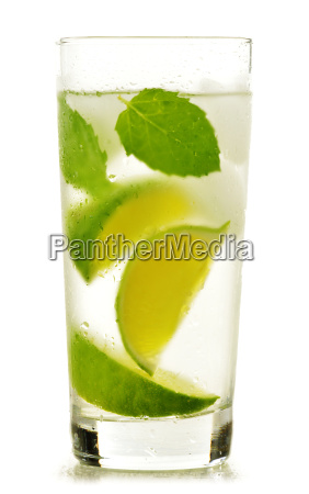 glass of water with lime and