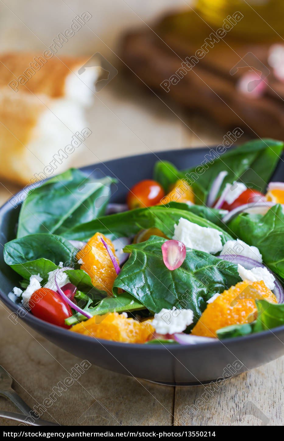 orange, with, spinach, , pomegranate, and, feta - 13550214