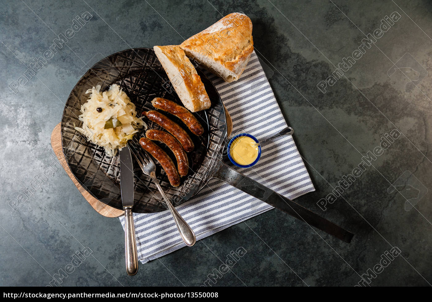 sausages, with, sauerkraut, in, a, pan - 13550008