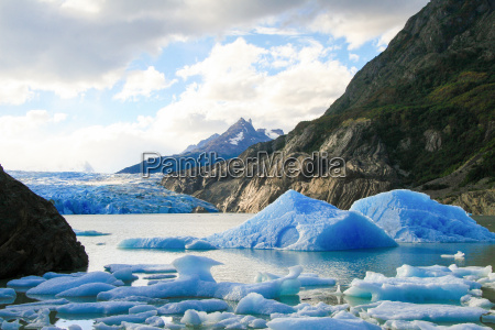 glacier in torres del paine national