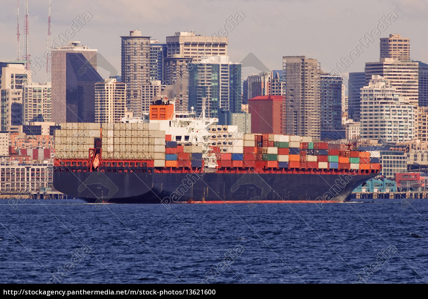 large, cargo, ship, in, the, harbor - 13621600