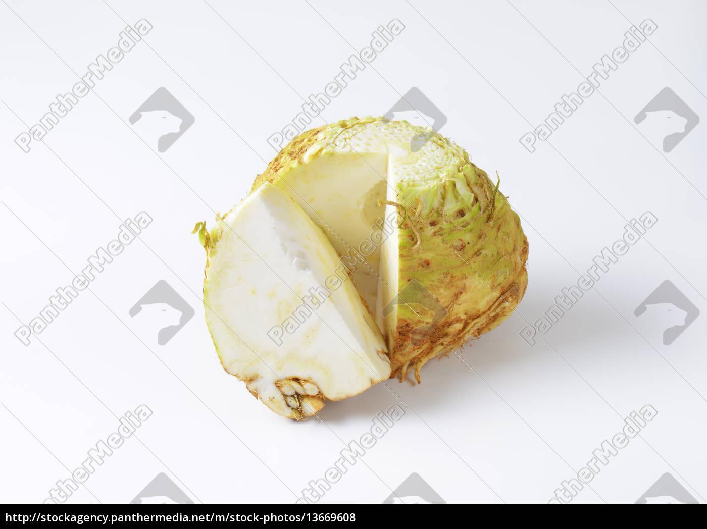 fresh, celeriac - 13669608
