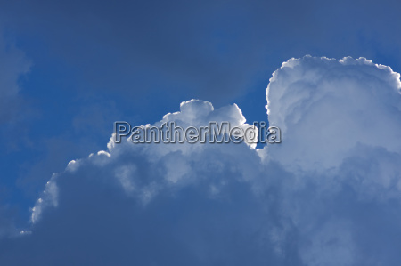 clouds in front of blue sky