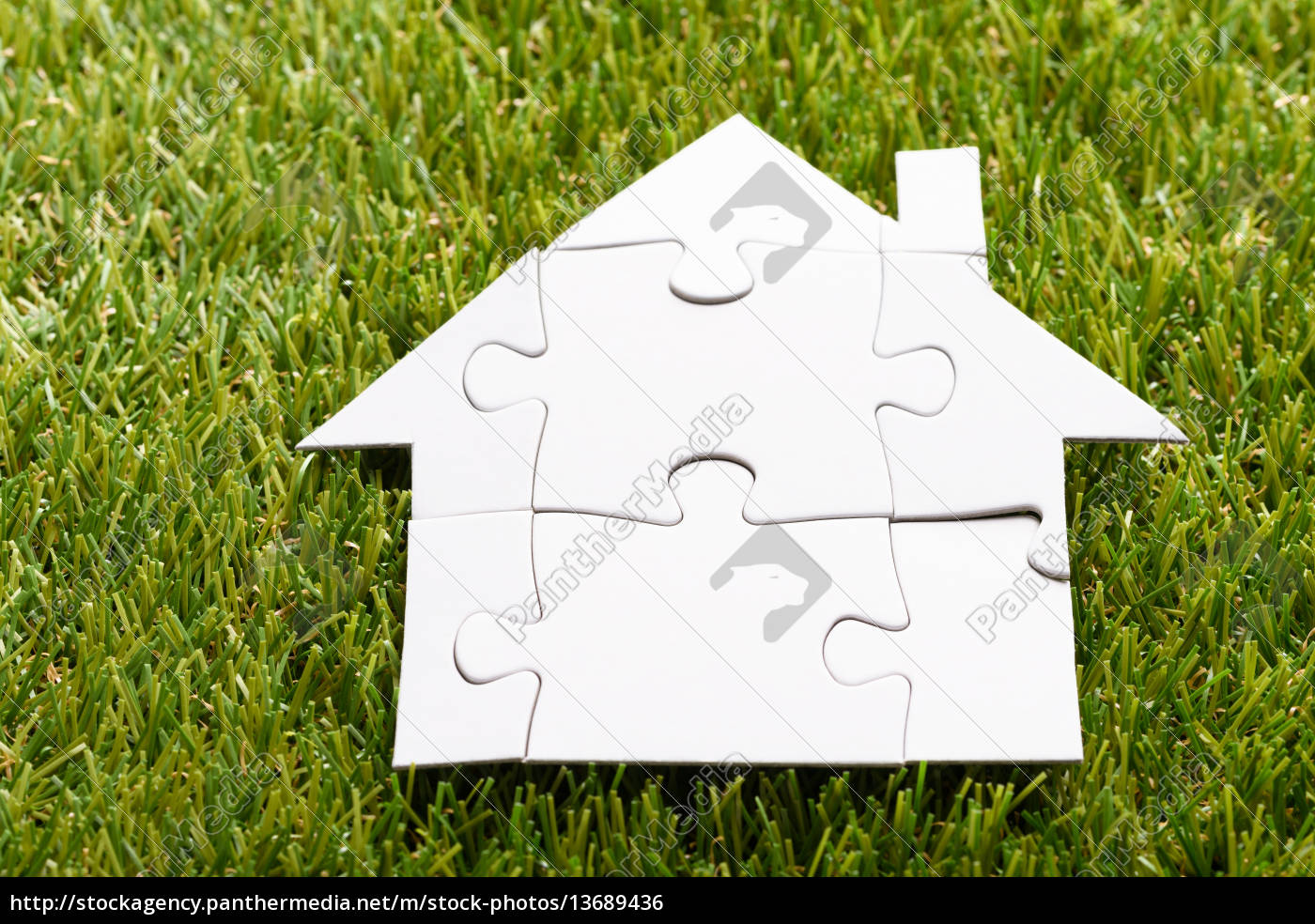 puzzle, house, on, grass - 13689436