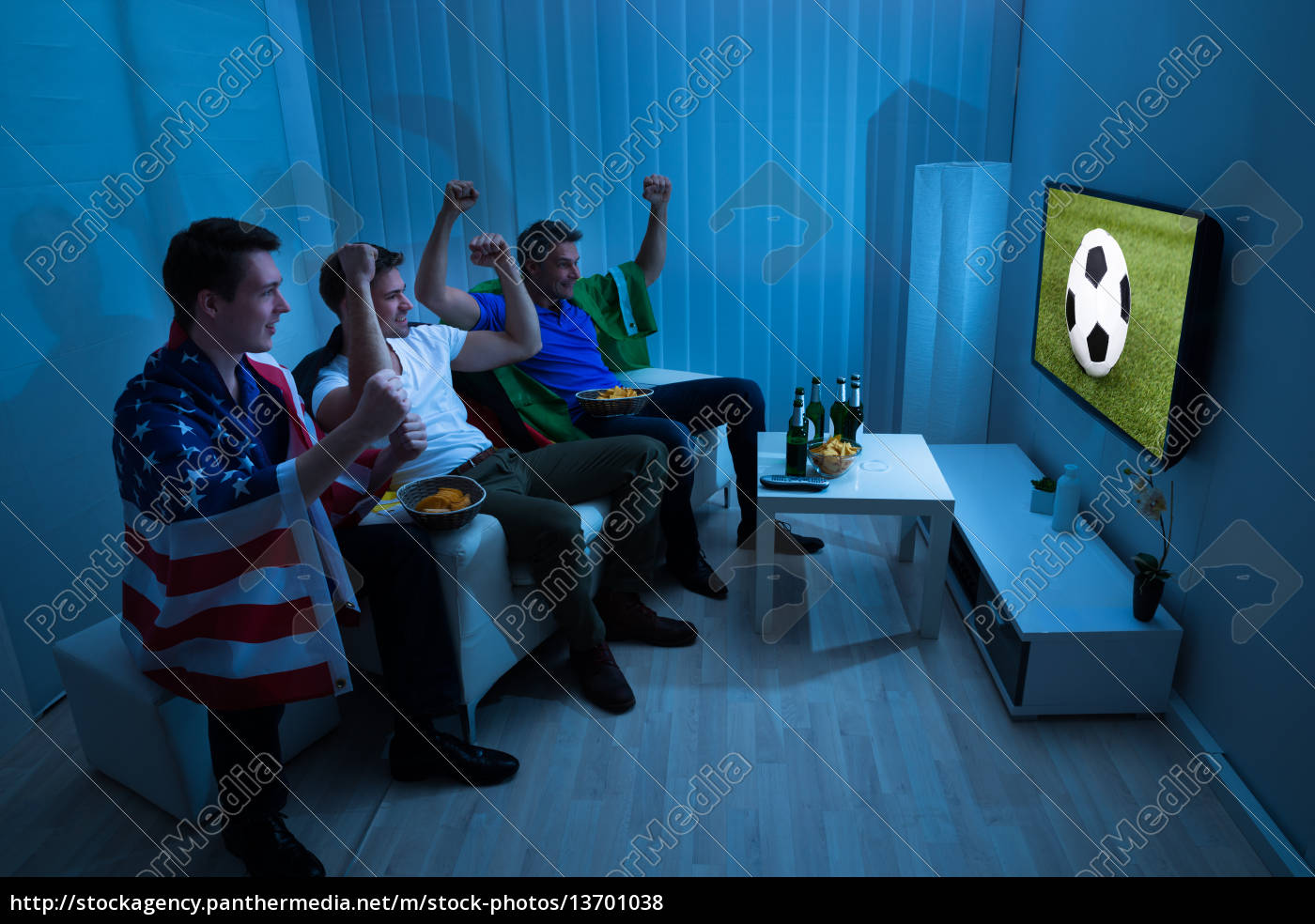 friends, cheering, while, enjoying, match - 13701038