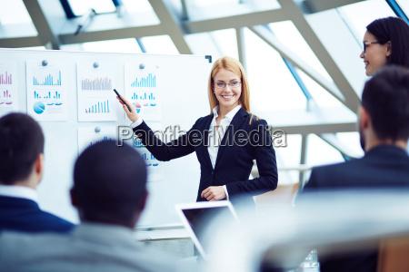 female, speaker - 13761173
