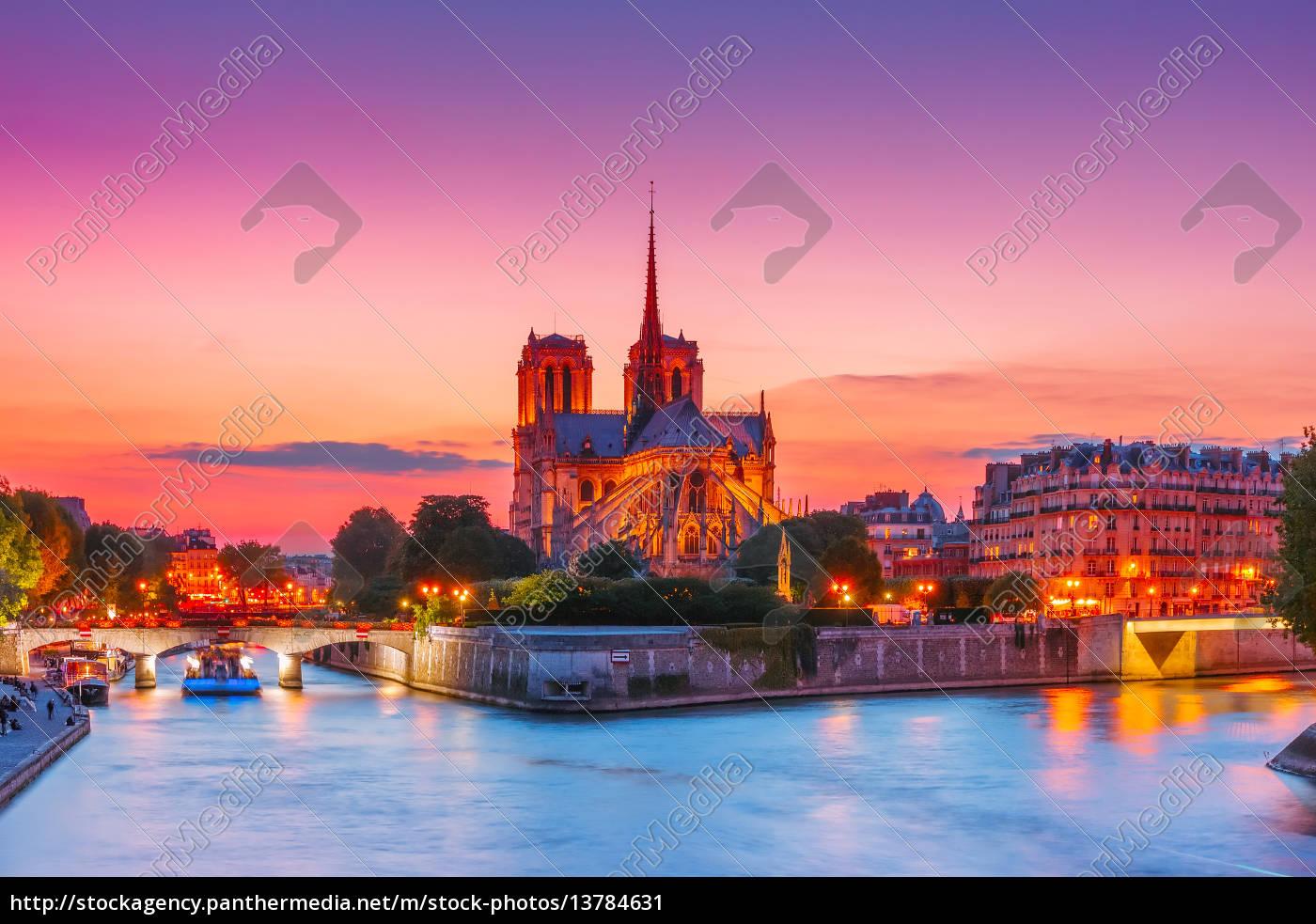 cathedral, of, notre, dame, de, paris - 13784631