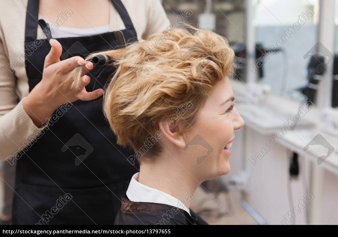 customer, getting, her, hair, styled - 13797655