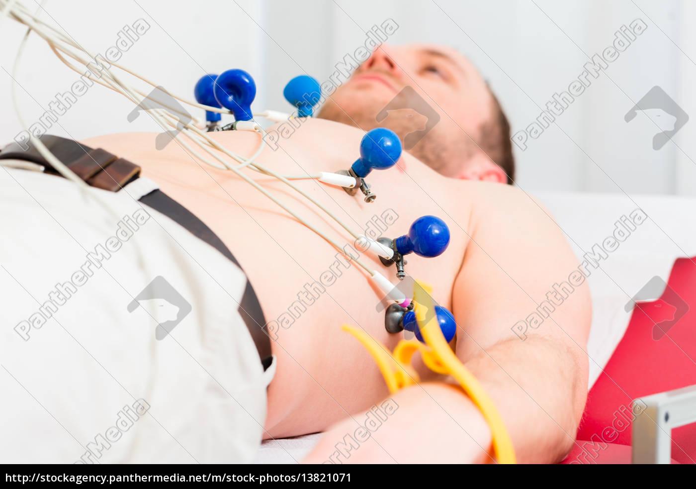 patient, at, ecg, in, medical, practice - 13821071