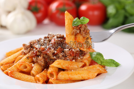 pasta bolognese or bolognaise sauce eating