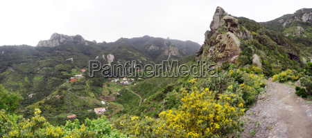hike in anagagebirge around chamorga