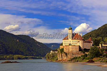 schoenbuehel castle on the danube