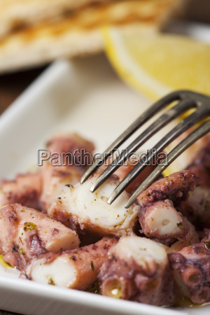 greek octopus salad with lemon