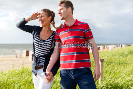 couple couple enjoying vacations in the