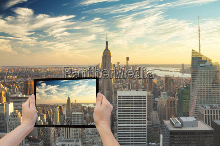 midtown manhattan in reality and in