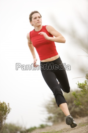 a correr trail mujer