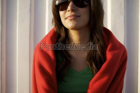 female in her early 20s wearing
