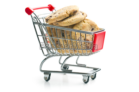 chocolate cookies in shopping cart