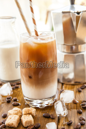 coffee with milk and ice cream