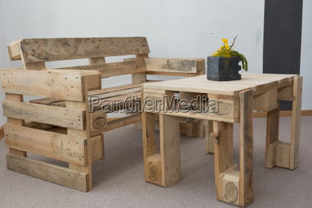 robust bench and table pallets