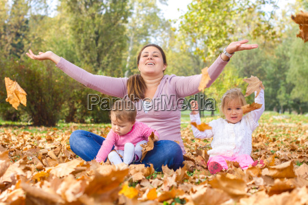 happy, mother, enjoyment, beautiful, autumn, day - 14038585