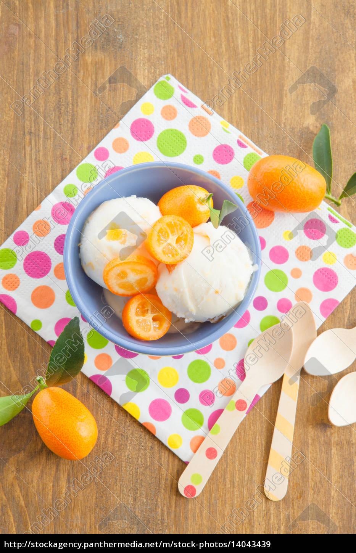 ice, cream, with, kumquats - 14043439