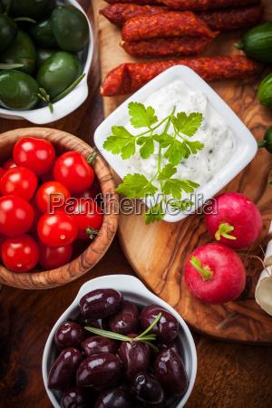raw, snack, with, antipasti - 14051407
