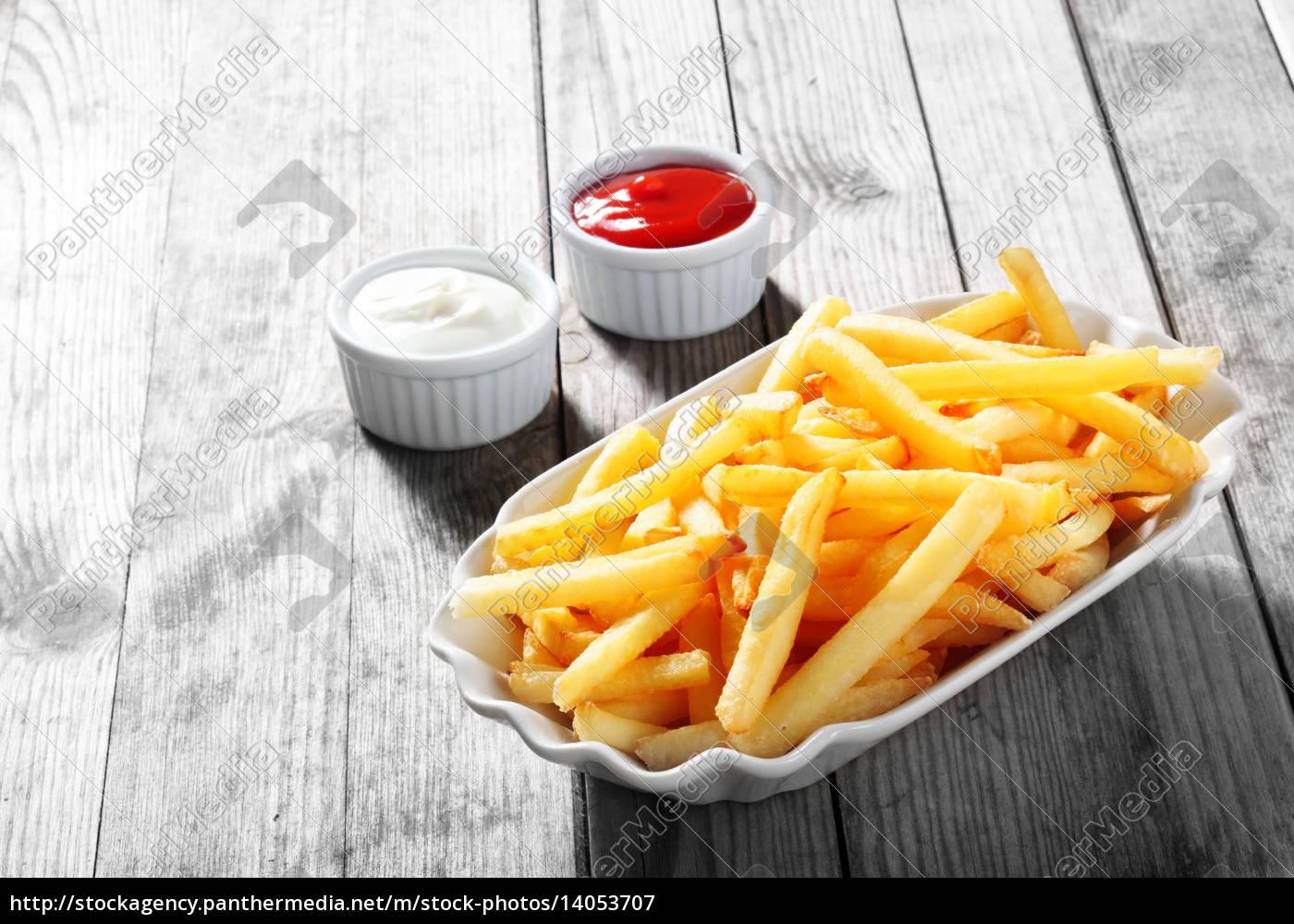 crispy, potato, fries, on, plate, with - 14053707