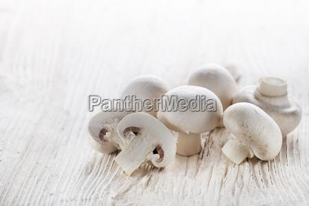 mushrooms, champignons - 14055071