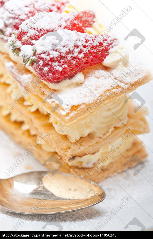 napoleon, strawberry, cake, dessert - 14056243