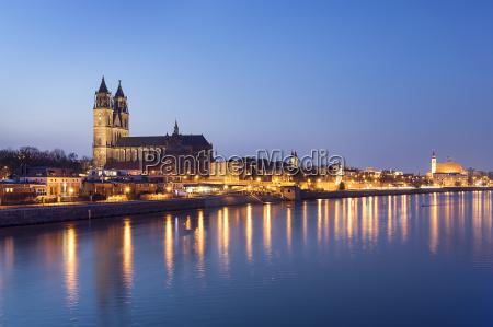 night, scene, magdeburg - 14062281