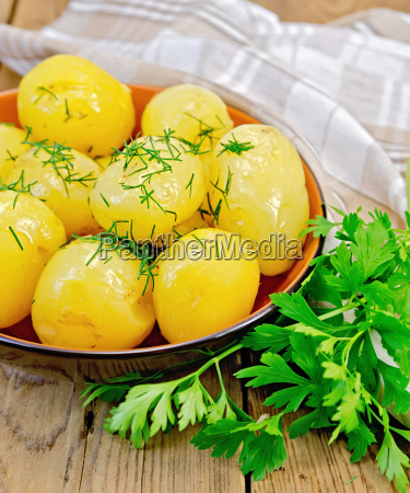 potato, boiled, with, dill, and, parsley - 14063913