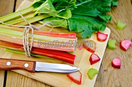 rhubarb, cut, with, a, leaf, on - 14064205