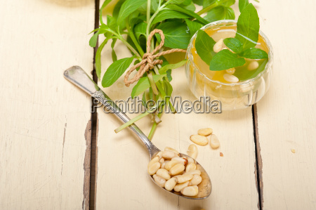 arab, traditional, mint, and, pine, nuts - 14067251
